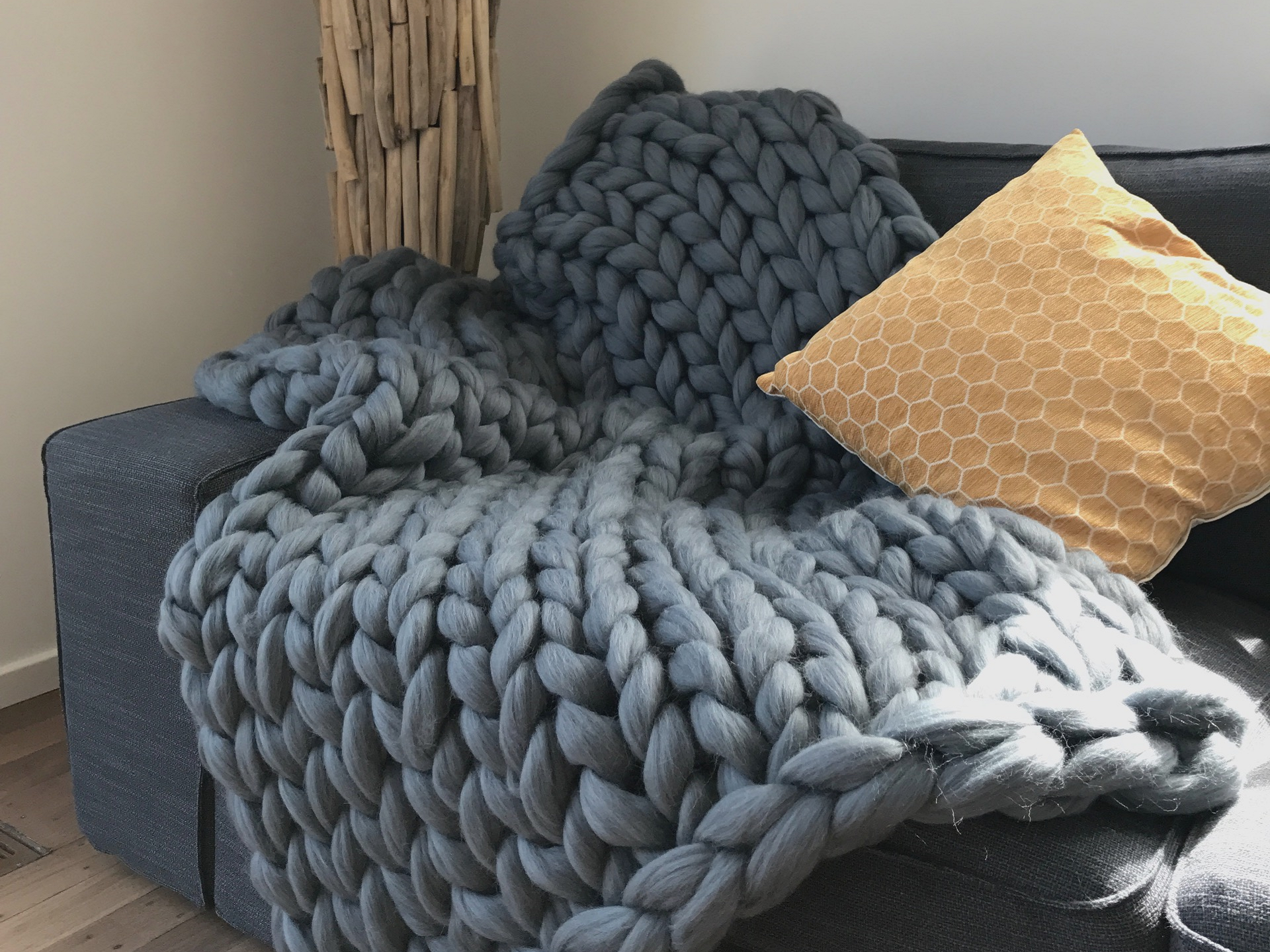Comfortable and warm throw in pure merino wool ComfyWool