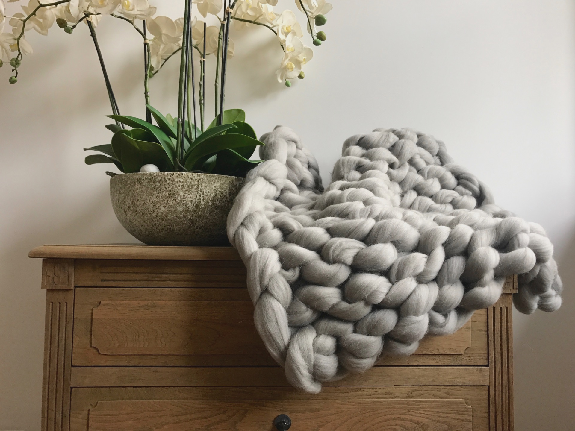 Grey super chunky merino blanket